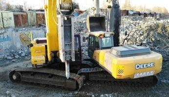Экскаватор гусеничный Четра ЭГП 270 с гидромолотом, энергия удара 6000 Дж